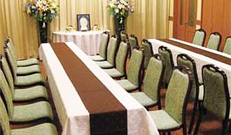 会食室(48名収容)
